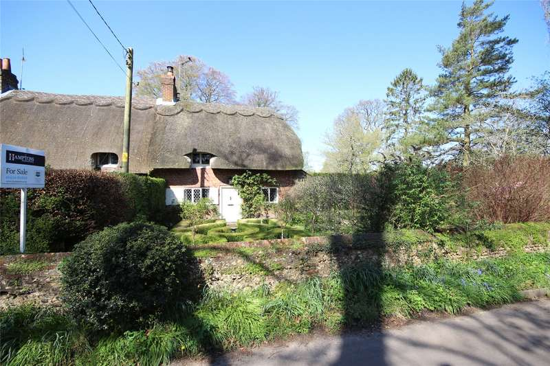 2 Bedrooms Mews House for sale in Pond Cottages, Winchester Road, Chawton, Alton, GU34