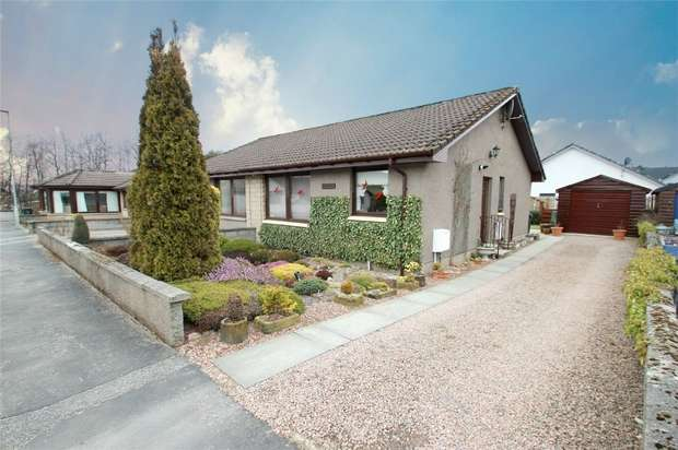2 Bedrooms Semi Detached Bungalow for sale in 8 Aigen Place, Dufftown, Moray