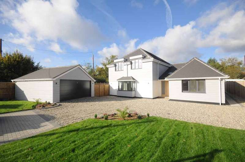 4 Bedrooms Detached House for sale in London Road, Great Notley, Braintree, CM77