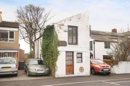 2 Bedrooms Detached House for sale in Roe Lane, Sheffield, South Yorkshire