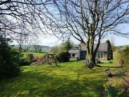 4 Bedrooms Bungalow for sale in Garrison Road, Birch Vale, High Peak, Derbyshire