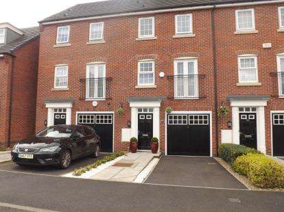3 Bedrooms Terraced House for sale in Ohio Grove, Chapelford Village, Warrington, Cheshire