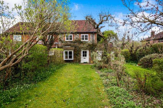 2 Bedrooms Semi Detached House for sale in Rowlands Castle, Hampshire