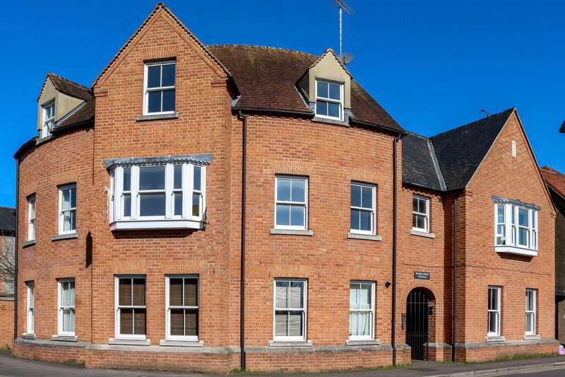 1 Bedroom Apartment Flat for sale in Wood Street, Wallingford