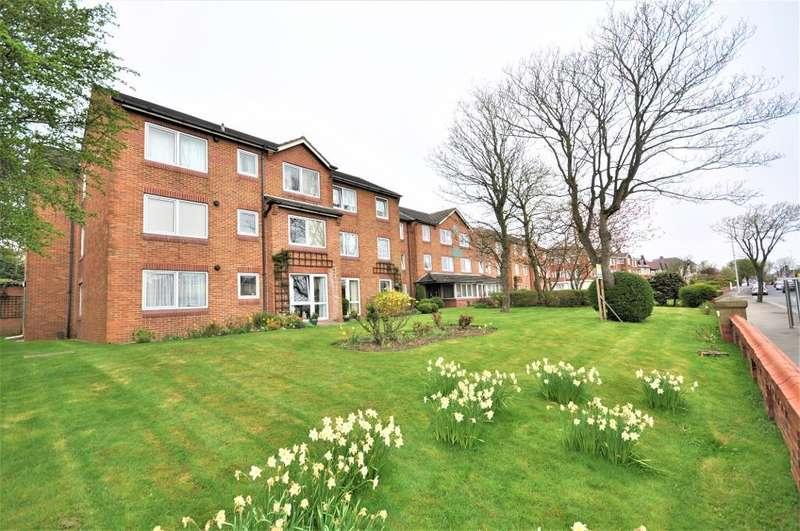 1 Bedroom Apartment Flat for sale in Whitegate Drive, Blackpool, Lancashire, FY3 9EN