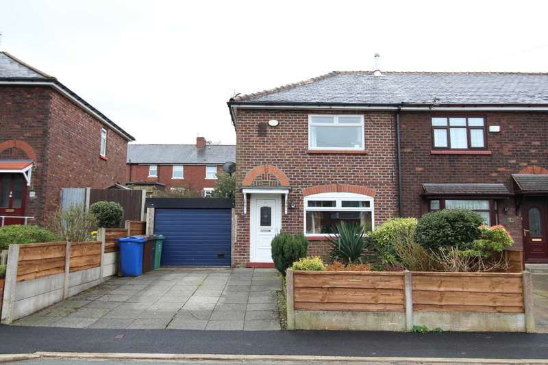 2 Bedrooms End Of Terrace House for sale in Cuckoo Lane, Prestwich