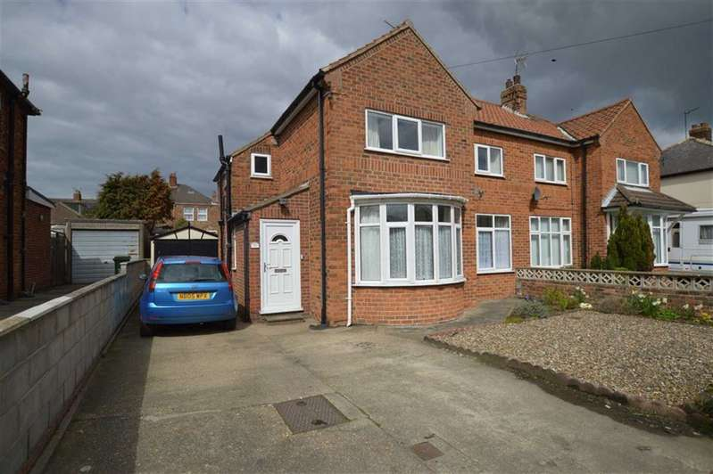 3 Bedrooms Semi Detached House for sale in Clifton Street, Hornsea, East Yorkshire