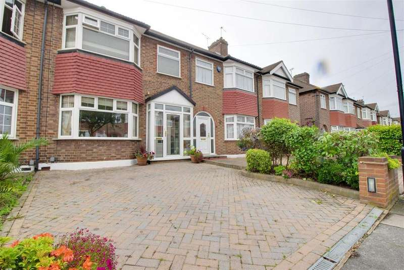 3 Bedrooms Terraced House for sale in Countisbury Avenue, Enfield