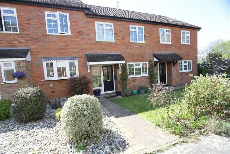 3 Bedrooms Terraced House for sale in Coach Mews, Billericay