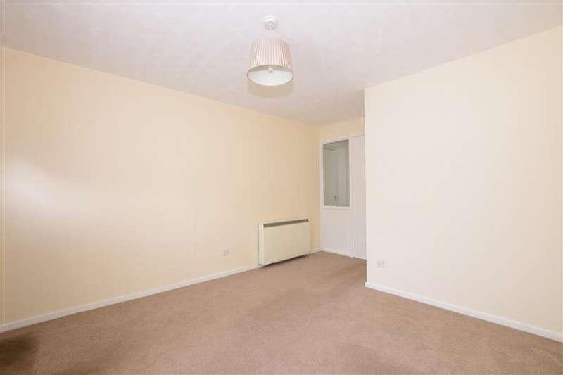1 Bedroom Ground Maisonette Flat for sale in Octavius Court, Waterlooville, Hampshire