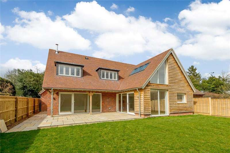 5 Bedrooms Detached House for sale in Wyfold Lane, Peppard Common, Henley-on-Thames, RG9