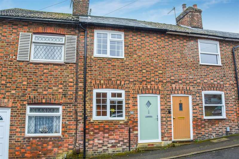 2 Bedrooms Terraced House for sale in Highfield Road, Berkhamsted