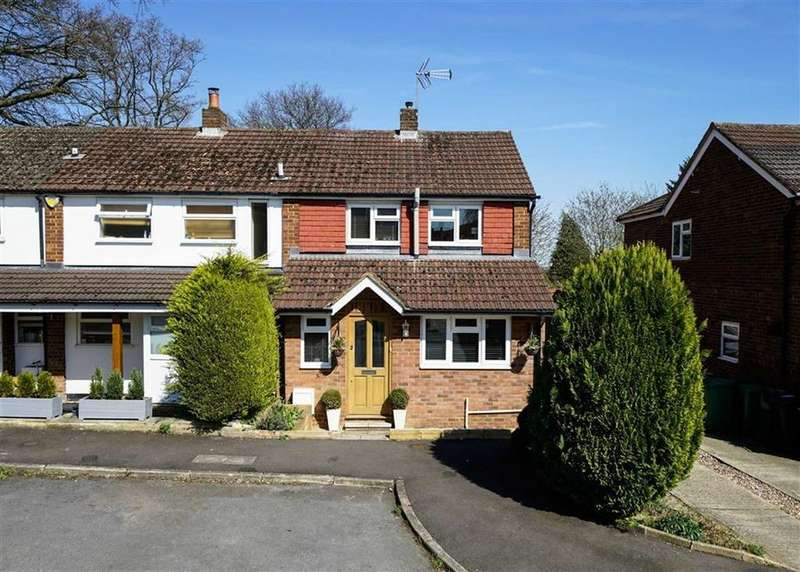 3 Bedrooms Semi Detached House for sale in Broomleys, St Albans, Hertfordshire
