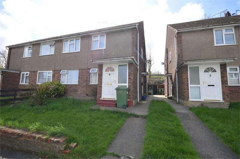 2 Bedrooms Maisonette Flat for sale in Ely Close, Erith