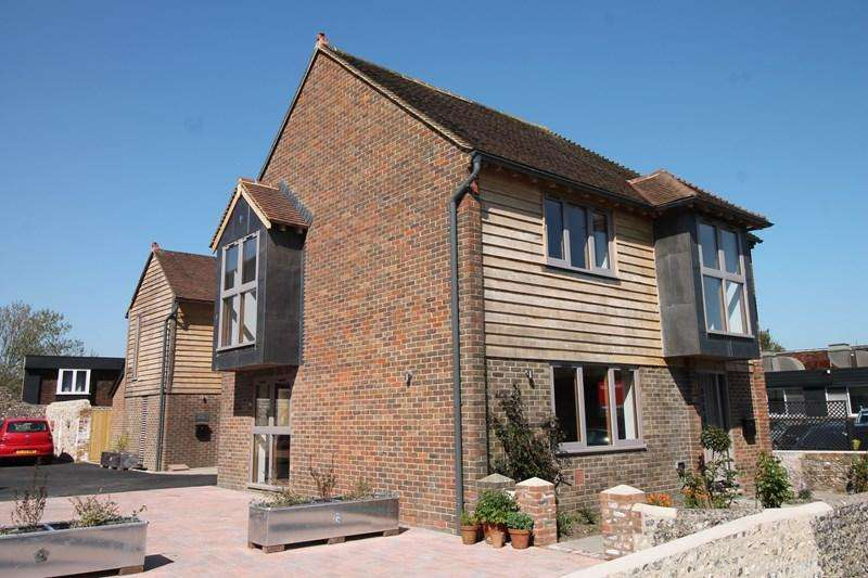 3 Bedrooms Semi Detached House for sale in Star Lane, Alfriston, Polegate