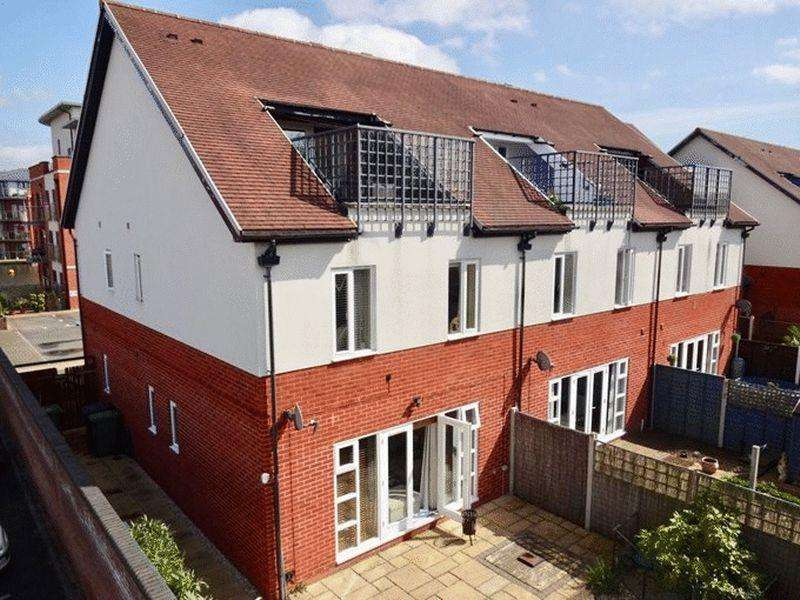 4 Bedrooms Town House for sale in Waters Edge, Stourport-On-Severn DY13 9DY