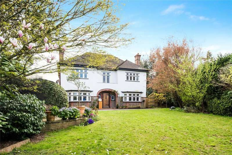 5 Bedrooms Detached House for sale in Deepdene Drive, Dorking, Surrey, RH5