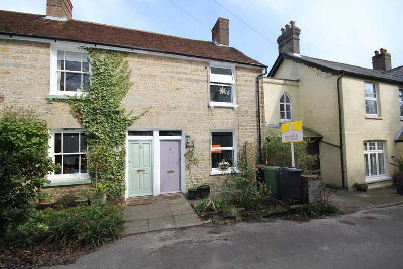 2 Bedrooms Terraced House for sale in Lordswell Lane, Crowborough