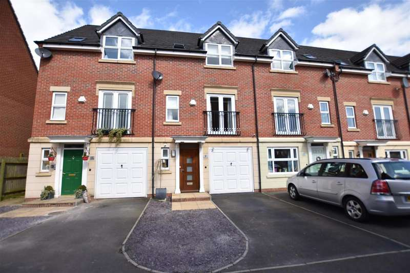 3 Bedrooms Property for sale in Haddon Way, Loughborough