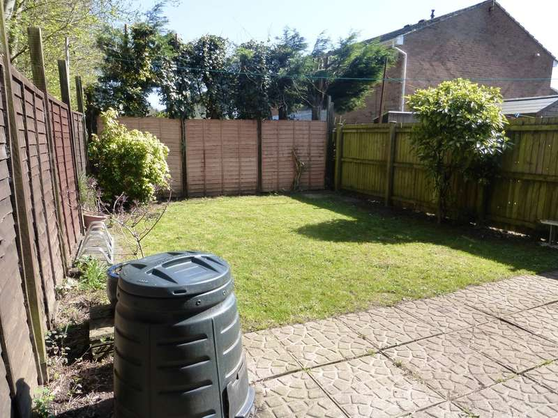 3 Bedrooms Semi Detached House for sale in Heritage Park, St. Mellons, Cardiff