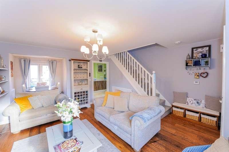 3 Bedrooms Detached House for sale in St Ilids Meadow, Llanharan, Pontyclun