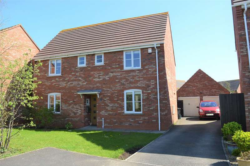 4 Bedrooms Detached House for sale in Gielgud Close, Burnham-on-Sea, Somerset, TA8