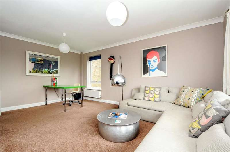 2 Bedrooms Apartment Flat for sale in Cambria Close, Bosham, Chichester, West Sussex, PO18