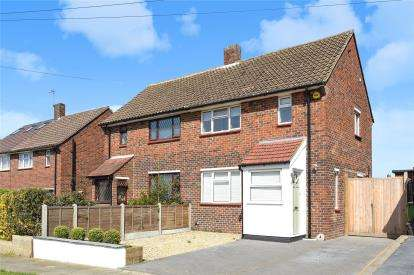 3 Bedrooms Semi Detached House for sale in Manning Road, Orpington