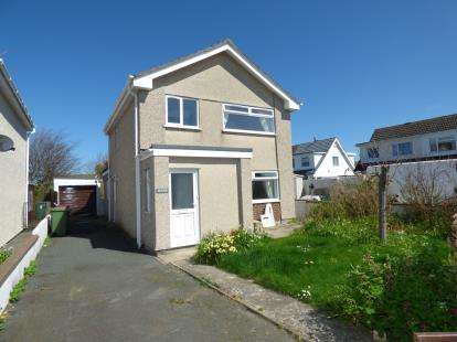 3 Bedrooms Detached House for sale in Manning Drive, Valley, Anglesey, ., LL65