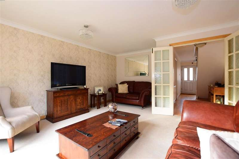 4 Bedrooms Detached House for sale in The Warren, , Billericay, Essex