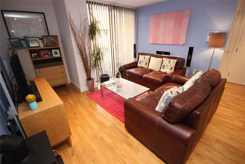 2 Bedrooms House for sale in The Mews, Advent Way, Manchester, Greater Manchester, M4