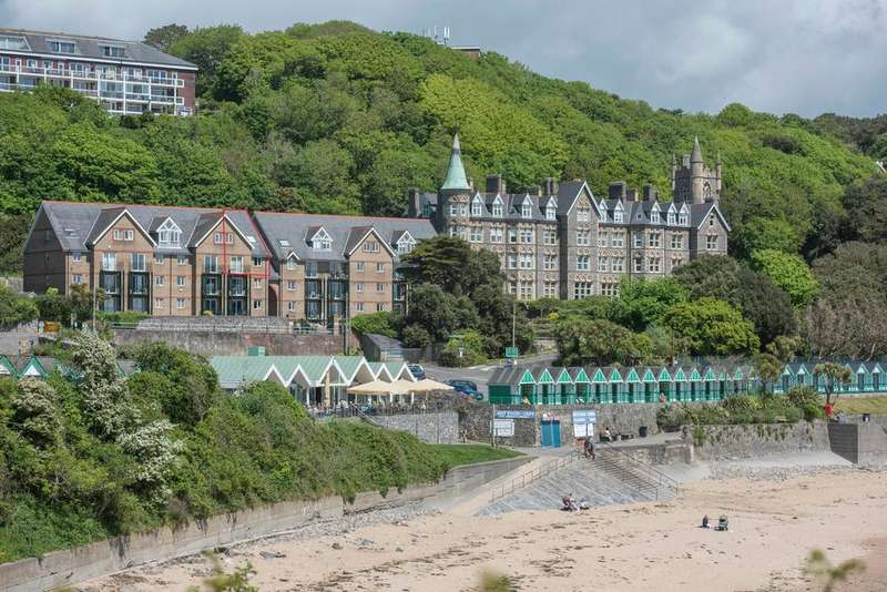 3 Bedrooms Penthouse Flat for sale in Langland