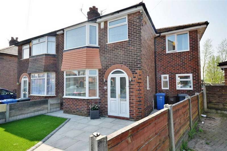 5 Bedrooms Semi Detached House for sale in Graymar Road, Little Hulton