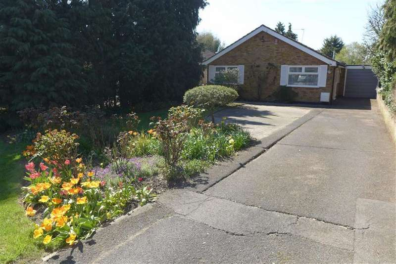 2 Bedrooms Detached Bungalow for sale in College Hill Road, Harrow Weald, Middlesex