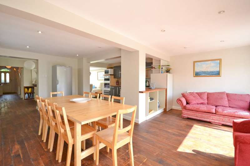 5 Bedrooms Semi Detached House for sale in Cowes, Isle Of Wight