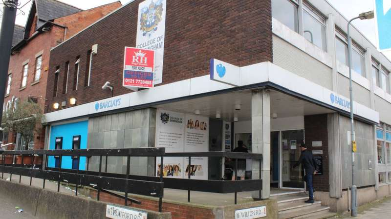Office Commercial for rent in STRATFORD ROAD B11