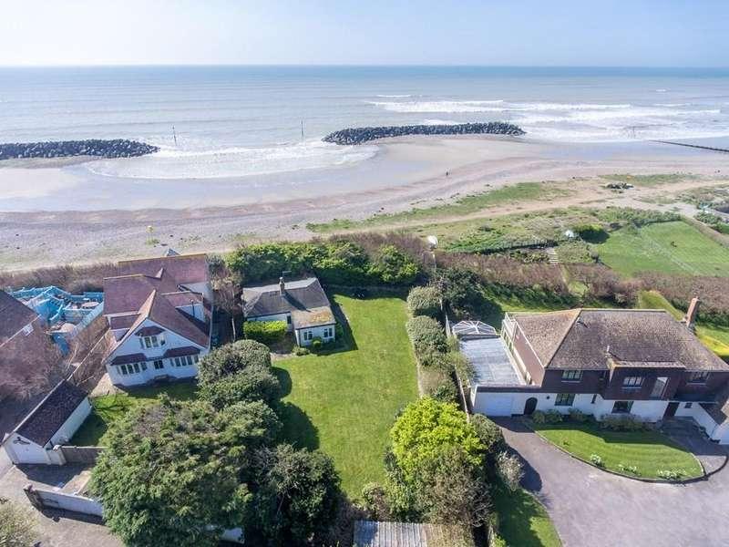 3 Bedrooms Detached Bungalow for sale in Elmer Beach, Bognor Regis, PO22