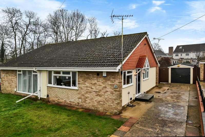 2 Bedrooms Bungalow for sale in Faesten Way Bexley DA5