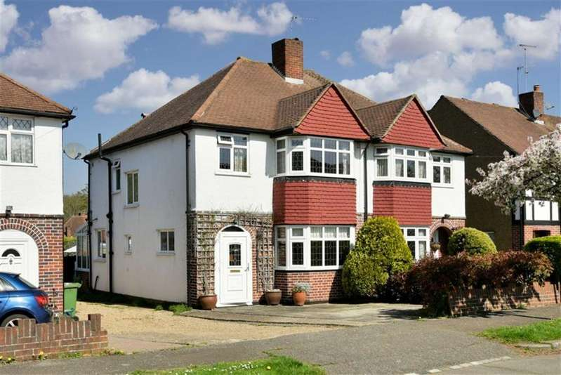3 Bedrooms Semi Detached House for sale in Mortimer Crescent, Worcester Park, Surrey