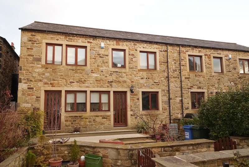 4 Bedrooms Semi Detached House for sale in 7 Bay Horse Court, Skipton