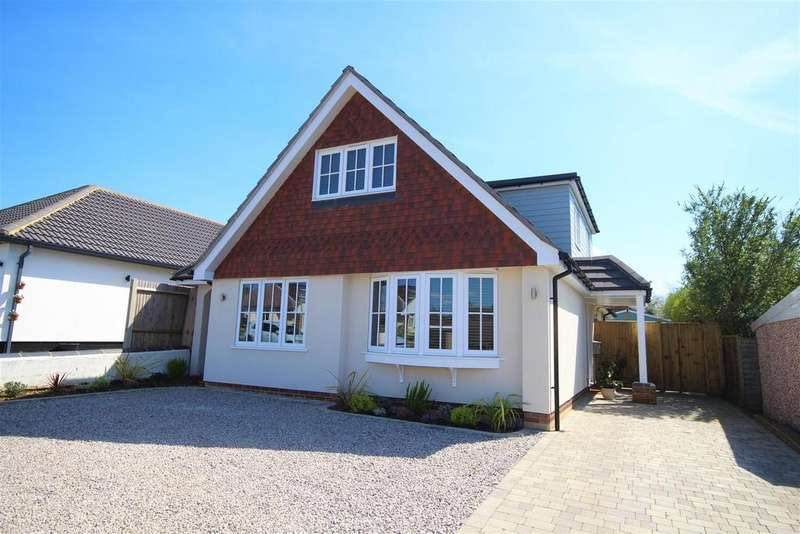 4 Bedrooms Detached Bungalow for sale in Paddock Heights, Twyford, Reading