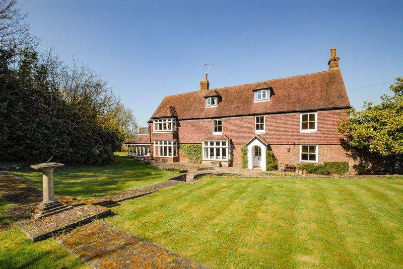 7 Bedrooms Detached House for sale in Hurst Road, Hassocks