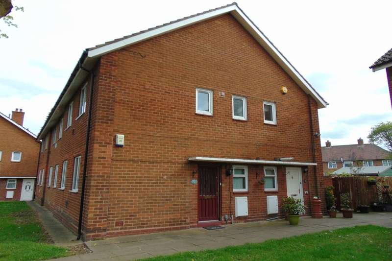 3 Bedrooms Flat for sale in Mill View, Kitts Green, Birmingham, B33