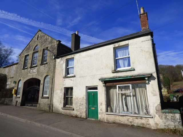 3 Bedrooms Semi Detached House for sale in THE OLD POST OFFICE, FOLLY ROAD, PARKEND