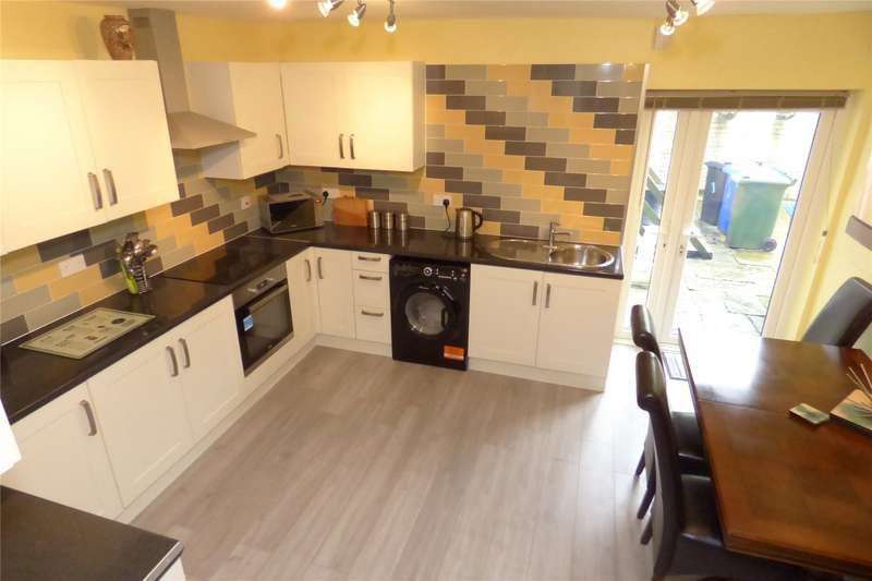 2 Bedrooms Terraced House for sale in Townsend Street, Haslingden, Rossendale, Lancashire, BB4