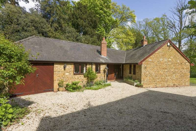 4 Bedrooms Barn Conversion Character Property for sale in Wardington, Banbury