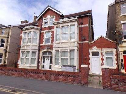1 Bedroom Flat for sale in Alexandra Road, Blackpool, Lancashire, FY1