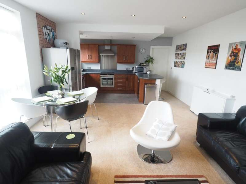 2 Bedrooms Apartment Flat for sale in Trinity Wharf, High Street, Hull, HU1 1QE