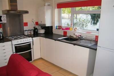 4 Bedrooms House Share for rent in Charles Street