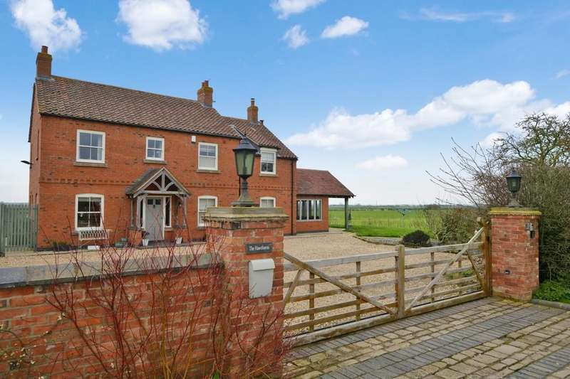 4 Bedrooms Detached House for sale in The Hawthorns, Holme Lane, Claypole
